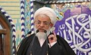 امام جمعه یزد:  رضایت دادن به وضع موجود کشور را به عقب میراند